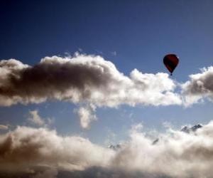 Puzzle Aérostat dans les nuages