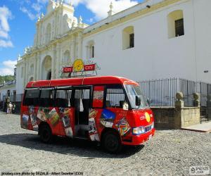 Puzzle Antigua City Tour, Bus