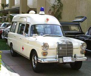 Puzzle antique ambulance