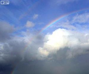 Puzzle Arc-en-ciel entre nuages