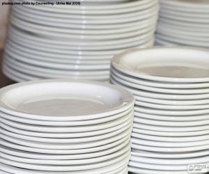 Puzzle Assiettes en porcelaine blanche