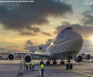 Puzzle Avion à l'aéroport