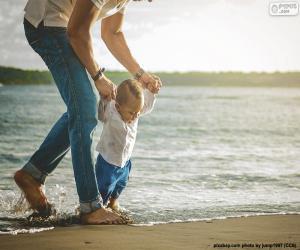 Puzzle Bébé sur le bord de mer