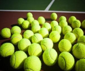 Puzzle Balles de tennis sur le court