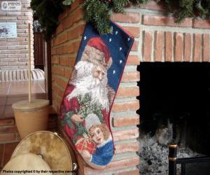 Puzzle Bas de Noël est en attente de la cheminée