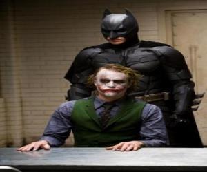 Puzzle Batman interroge et son ennemi, le Joker
