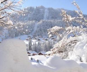 Puzzle Beau paysage complètement recouverte de neige