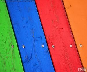 Puzzle Bois de différentes couleurs