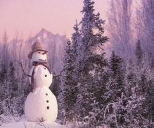 Puzzle Bonhomme de neige avec un décor de neige