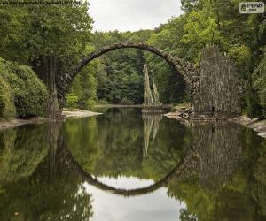 Puzzle Bridge of the Devil of Rakotzbrucke, Allemagne