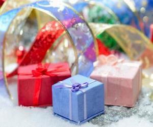 Puzzle Cadeaux de Noël joliment présentés