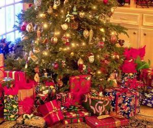 Puzzle Cadeaux sous le sapin de Noël