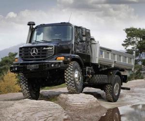 Puzzle Camion Mercedes Benz Zetros
