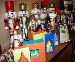 Puzzle Casse-Noisette en forme de soldat, unes décorations de Noël