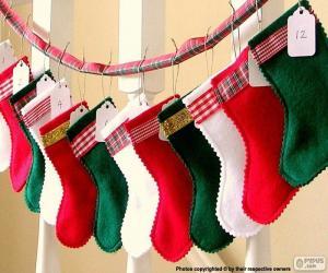 Puzzle Chaussettes de Noël en différentes couleurs