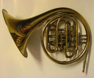 Puzzle Cor d'harmonie ou cor français, instrument de cuivre