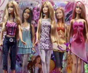 Puzzle Défilé des Barbies