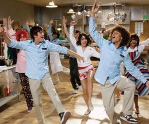 Puzzle Dansant dans la cuisine