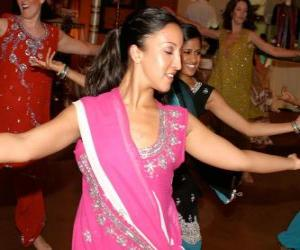 Puzzle Danseur indoue dans le festival des lumières, le Diwali