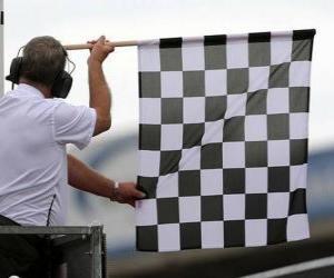 Puzzle Drapeau à damiers, ce drapeau est montré à la fin de la course