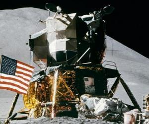 Puzzle Engin spatial a atterri sur la planète lointaine