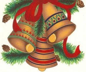Puzzle Ensemble de trois cloches ornées de décorations de Noël