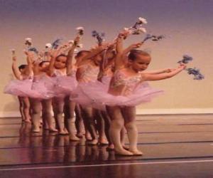 Puzzle Filles faisant ballet
