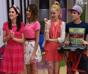 Puzzle Francesca, Violetta, Ludmila et Maxi, Violetta 2