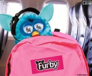 Puzzle Furby part en vacances
