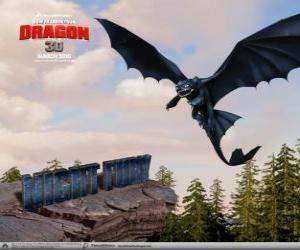 Puzzle Furie Nocturne sont petits dragons qui peut voler plus haut, plus vite et plus loin que toute autre dragon