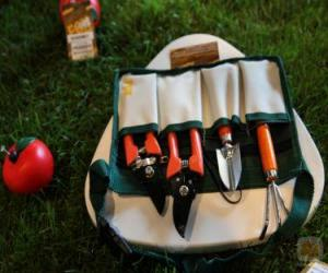 Jeux de puzzle de outils et ustensiles casse t tes for Gardening tools crossword