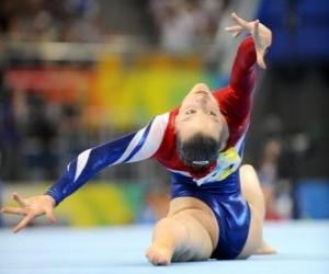 Puzzle Gymnaste exécutant l'exercice sur le sol