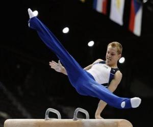 Puzzle Gymnaste réalisent son exercice au cheval d'arçon