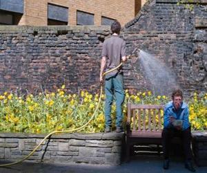Puzzle Jardinier de s'occuper des plantes, l'arrosage