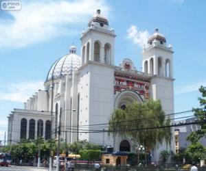 Puzzle La Metropolitana cathédrale du divin Sauveur du monde, San Salvador, El Salvador