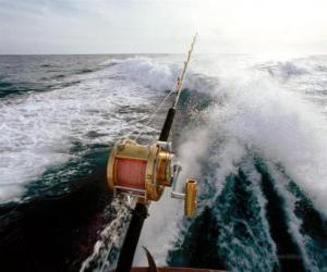 Puzzle La pêche sportive en bateau.