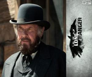 Puzzle Latham Cole (Tom Wilkinson) dans le film Lone Ranger