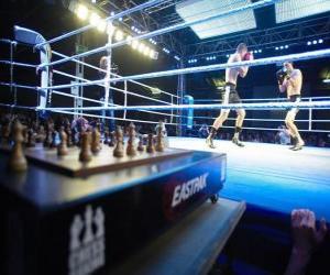 Puzzle Le chessboxing est un sport hybride qui mélange boxe anglaise et jeu d'échecs.