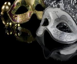 Puzzle Les masques pour la fête de fin d'année