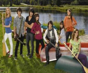 Puzzle Les personnages de Camp Rock Tess, Nate, Shane, Mitchie, Jason, Ella, Peggy et Chloé
