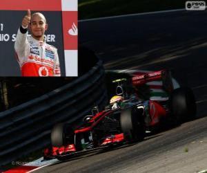 Puzzle Lewis Hamilton fête sa victoire dans le Grand Prix d'Italie 2012