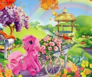 Puzzle Mon petit poney entourée de fleurs