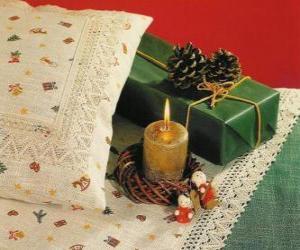 Puzzle Noël bougie avec d'autres décorations de Noël