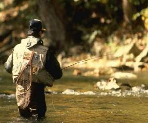 Puzzle Pêcheur de la rivière en action