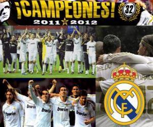Puzzle Real Madrid, champion de la ligue espagnole de football 2011-2012