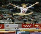 Gymnastique artistique - Exercice dans le poutre