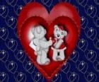 Deux ours dans l'amour avec deux coeurs