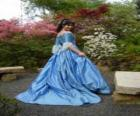 Princesse se balade dans le jardin de palais