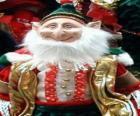 Lutin de Noël avec des oreilles pointues et chapeau pointu