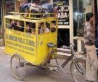 D'autobus scolaires en Inde